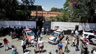 Al menos diez muertos en un tiroteo en una escuela en Brasil, incluyendo los dos atacantes