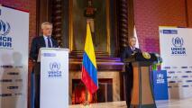 Los detalles del decretó que firmó el presidente de Colombia para regularizar a migrantes venezolanos