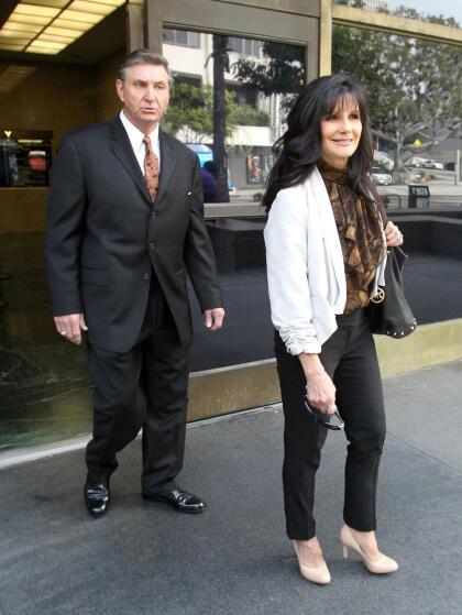 De esa cantidad, el padre de Spears, Jamie Spears, se llevó  <b>128 mil dólares.</b>