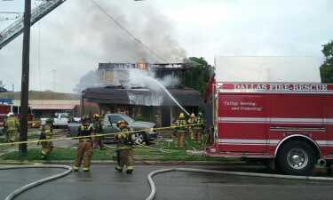 En fotos: Un incendio destruye una vivienda en el este de Dallas