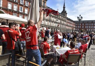 'Invasión bávara' en Madrid antes del partido de Real contra Bayern Munich