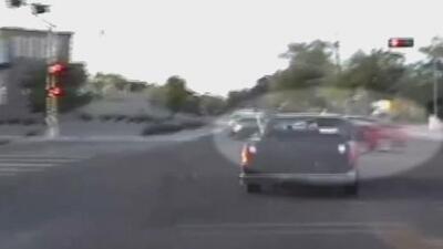 En video: el impactante choque que terminó con una persecución policial en Nuevo México