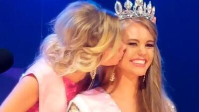 Este es el video del momento cuando la fallecida Miss Teen Universe fue coronada reina de belleza en 2017