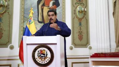 Maduro pide la renuncia a sus ministros, y continúa la crisis en Venezuela