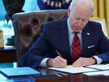 El poder de la firma: Biden establece récord de órdenes ejecutivas en el arranque de su gobierno