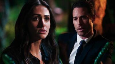 Miguel le confesó a Adela la trágica historia de su amor con Asya