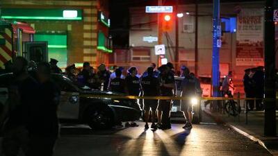 Un hombre abre fuego indiscriminadamente en las afueras de un restaurante en Toronto