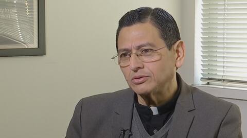 Sacerdote nicaragüense recupera su libertad tras un mes detenido en San Francisco por Inmigración