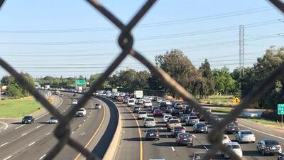 Actividad policial causó el cierre de una sección de la autopista 99 por varias horas