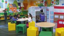 """""""Esto acelerará el aprendizaje"""": análisis de los beneficios educativos del Plan de Familias Estadounidenses"""