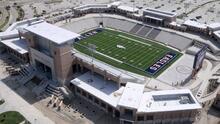 Texas está construyendo los estadios escolares más grandes del país