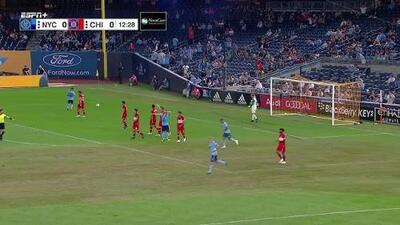 David Villa falla una clara de gol y se pierde el primer gol de New York City