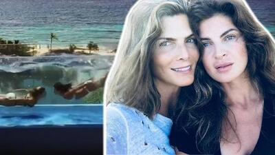 El original beso bajo el agua de Montserrat Oliver y su pareja, la modelo Yaya Kosikova