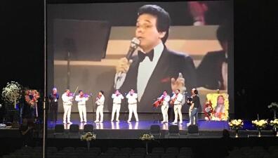 """""""Qué viva José José"""": familiares y amigos despiden en Miami al cantante mexicano (fotos)"""