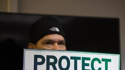 Drama personal y colectivo: cómo un empresario salvadoreño y sus empleados pueden perderlo todo cuando se queden sin TPS