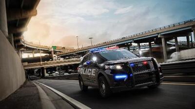 La Ford Police Interceptor 2020 es implacable y muy ecológica