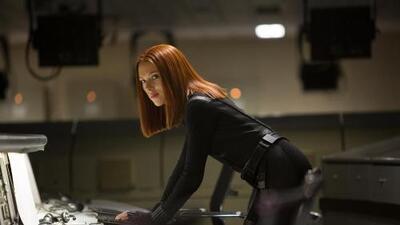 Captain America: The Winter Soldier - Clip: Scarlett Johansson en acción