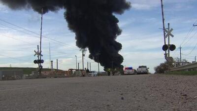 ¿Qué provocó el incendio en la planta petroquímica en Deer Park?, autoridades comienzan con la investigación