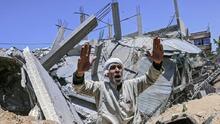 Israel lanza una nueva ronda de ataques contra Gaza horas después del día más mortal del conflicto