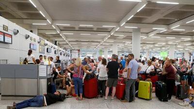 600,000 turistas quedan varados en varios países tras quiebra de la operadora británica Thomas Cook