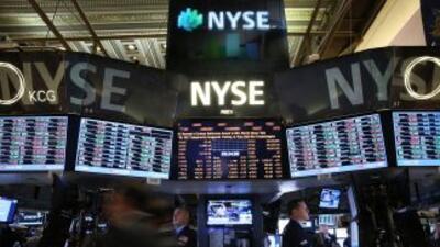 El Dow Jones abrió perdiendo tras alcanzar los 16 mil puntos