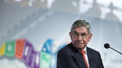 Acusan al expresidente de Costa Rica Óscar Arias de violar a una joven activista
