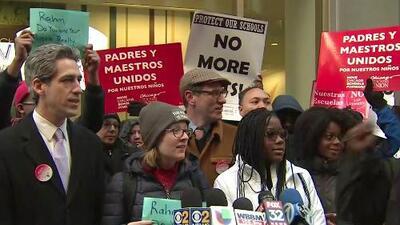 Estudiantes de Chicago protestan frente a CPS por posible cierre de escuelas públicas