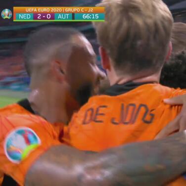 ¡Gran acompañamiento! Dumfries cierra y consigue el 2-0 de Holanda