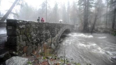 Cierra el parque nacional Yosemite por el riesgo de inundaciones
