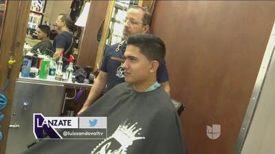 Ulises Chaidez aceptó el reto de Luis Sandoval y  se cortó el cabello en la ciudad de Miami
