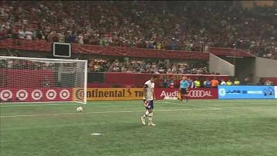¡GOOOL! Yoshimar Yotún anota para MLS All-Stars