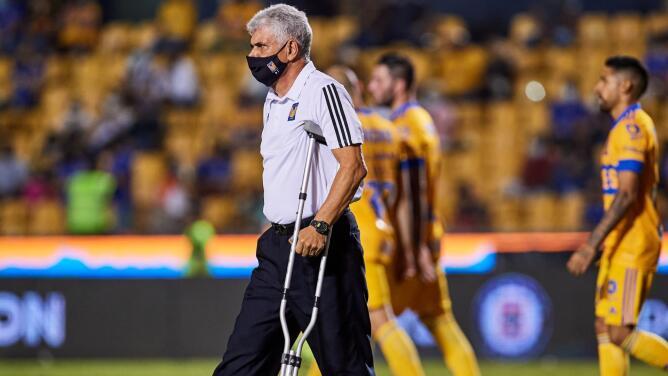 Así jugarían los Tigres el duelo pendiente ante FC Juárez