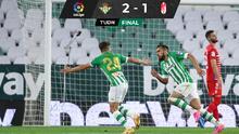 Betis gana con polémica al Granada después de dos meses