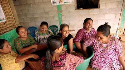 Las cargas domésticas y la violencia lastran a las mujeres en todo el mundo: esta es la radiografía de la familia actual según la ONU