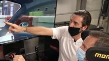Alan Tacher compitió en un simulador de carreras de $20,000 contra Gabaldoni