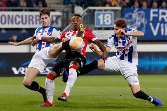En fotos: con Chucky Lozano 45 minutos, el PSV rescató un punto ante el Heerenveen