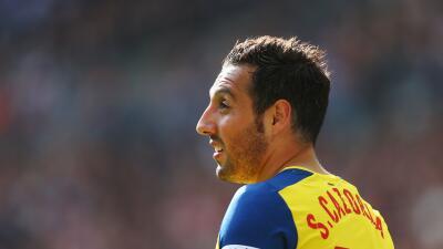 Cazorla causará baja del Arsenal por una lesión de rodilla los próximos 4 meses