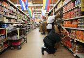 Long Beach: $4 extra por hora para empleados de supermercados