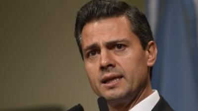 Enrique Peña Nieto ya viaja como presidente