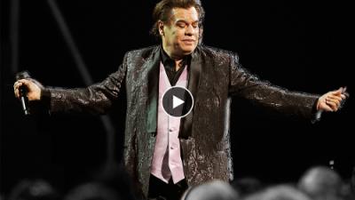 Juan Gabriel, el hombre que marcó la música de cuatro generaciones