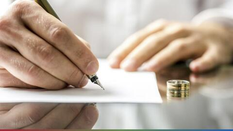¡Por tacaño! Mujer se divorcia de su marido en plena luna de miel