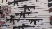 Arizona protegió la posesión de armas de fuego días antes de que se anunciaran las medidas del control de armas del gobierno federal