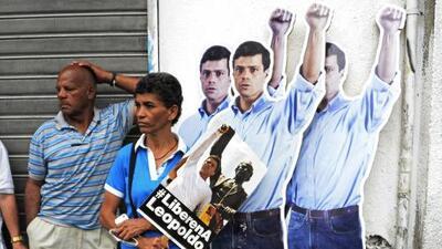 ¿Leopoldo López está libre? La respuesta a esta y otras preguntas sobre el arresto domiciliario del político venezolano
