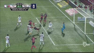 GOLAZO: Damian Musto marcó de chilena en la recta final y le dio la victoria a los Xolos