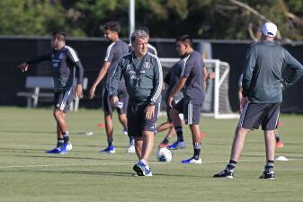 El ambiente en el entrenamiento de la Selección Mexicana en Los Ángeles para la Copa Oro