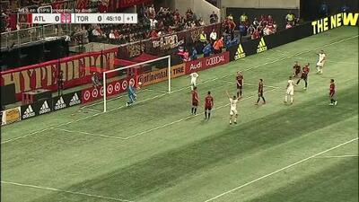 Con hermosa triangulación Sebastian Giovinco perfora las redes y Toronto ya gana en Atlanta 1-0