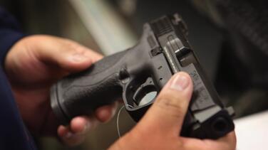 Más de 200 armas de fuego de la Oficina del Alguacil de Filadelfia están desaparecidas, según reveló un informe del contralor