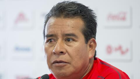 """DT Chivas: """"Lo tengo claro, soy un técnico interino"""""""