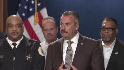 """""""Estamos aquí para servirle a la comunidad"""": nuevo superintendente interino de la policía de Chicago"""