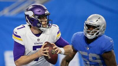 Case Keenum brilló en la victoria de los Vikings 30-23 sobre los Lions en Thanksgiving